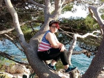 Uta-chan1214 22 éves társkereső profilképe