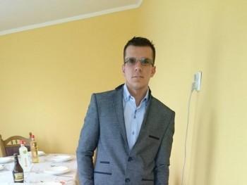 Lacikadragon 33 éves társkereső profilképe