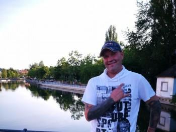 Samuel Balogh 46 éves társkereső profilképe