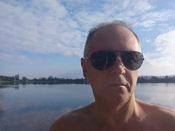 Lskí 53 éves társkereső profilképe