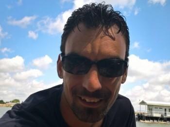 Gergely 28 31 éves társkereső profilképe