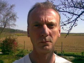 Agg Att 53 éves társkereső profilképe