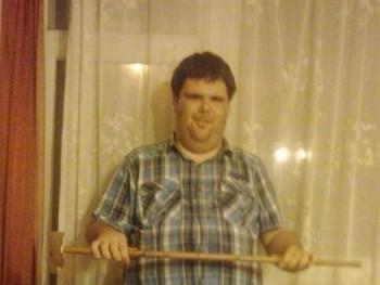 Miklós1996 24 éves társkereső profilképe