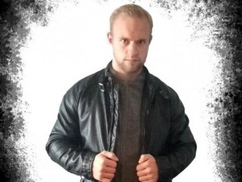 István94 26 éves társkereső profilképe