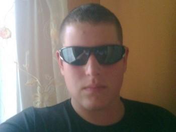 máté91 29 éves társkereső profilképe
