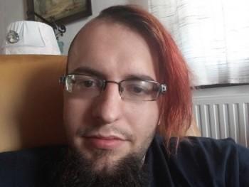 Himler 28 éves társkereső profilképe