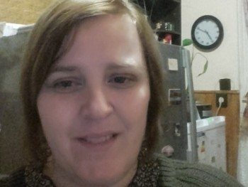 teca 12 35 éves társkereső profilképe