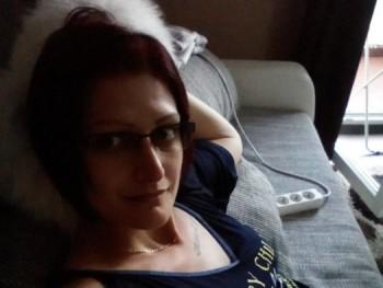 Móni82 38 éves társkereső profilképe