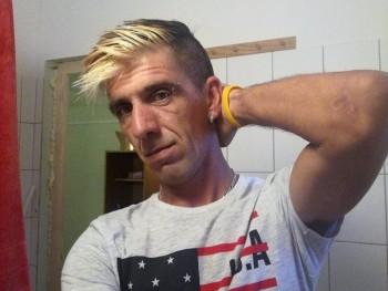 ktrisze 40 éves társkereső profilképe
