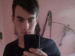 CsakEgySrác12 - 21 éves társkereső fotója