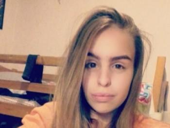P_Emília 19 éves társkereső profilképe
