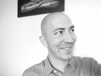 LSK004 34 éves társkereső profilképe
