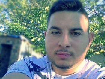 Costa 20 éves társkereső profilképe