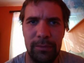 polus5 30 éves társkereső profilképe
