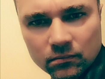 Zoli0011 44 éves társkereső profilképe