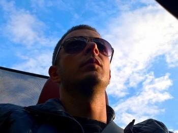 Sipos Rudolf 35 éves társkereső profilképe
