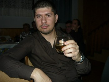 Milos30 35 éves társkereső profilképe