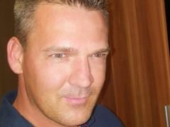 Tibor40 - 43 éves társkereső fotója