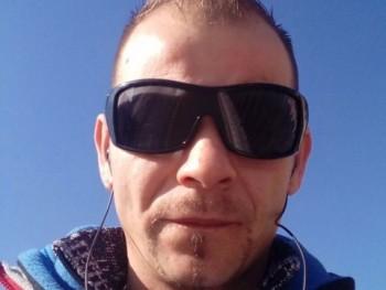 kese 38 éves társkereső profilképe