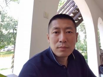 liu 49 éves társkereső profilképe