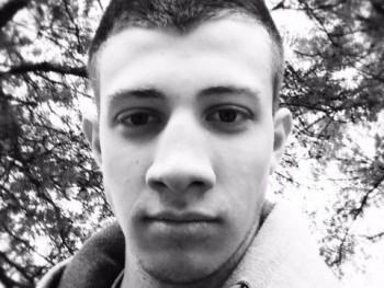 ugrailaca 19 éves társkereső profilképe