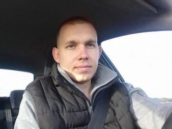 peater 32 éves társkereső profilképe