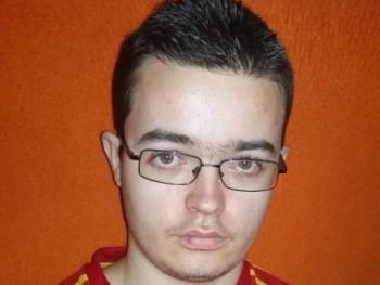 milano03 26 éves társkereső profilképe