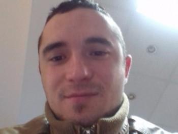 botond91 30 éves társkereső profilképe