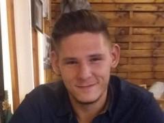 Dávid971103 - 22 éves társkereső fotója