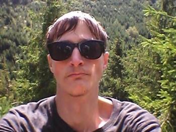 pbalazs95 31 éves társkereső profilképe