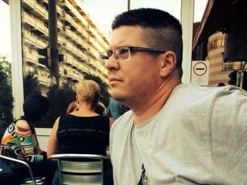 Bezik 39 éves társkereső profilképe