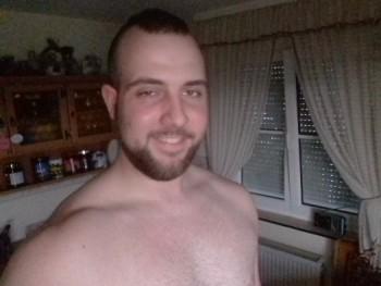 Henry14 27 éves társkereső profilképe
