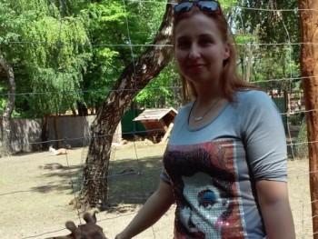 zsanka92 28 éves társkereső profilképe