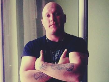 Omlás 35 éves társkereső profilképe