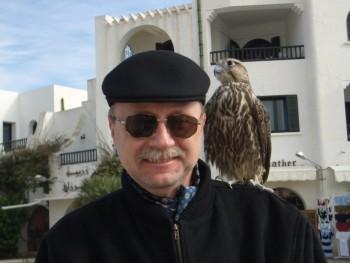 Koramomik 65 éves társkereső profilképe