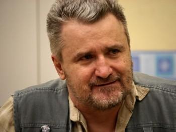 Ádám 59 62 éves társkereső profilképe