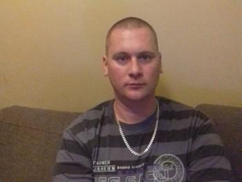 Jani 33 34 éves társkereső profilképe