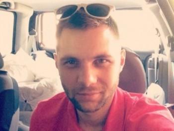 Zsolti1234 35 éves társkereső profilképe