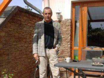 fantomasz 59 éves társkereső profilképe