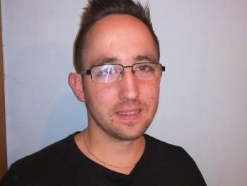 kovtomi91 29 éves társkereső profilképe