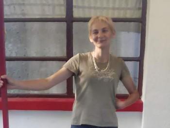 rabi márta 36 éves társkereső profilképe