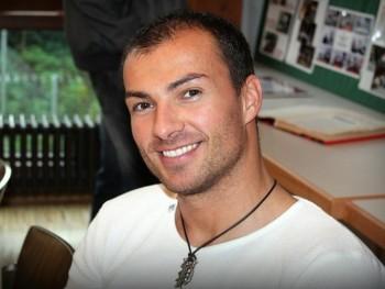 Ricsifiú 39 éves társkereső profilképe