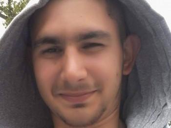 laci96 24 éves társkereső profilképe