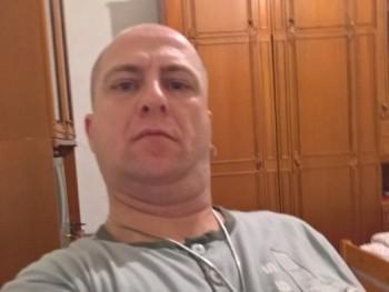 kozso77 43 éves társkereső profilképe