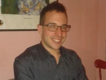 Bálint94 27 éves társkereső profilképe