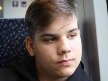 Csekito 20 éves társkereső profilképe