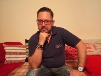 lajahu 48 éves társkereső profilképe
