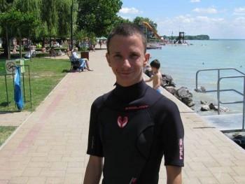 Csaba Khalifa 23 éves társkereső profilképe
