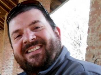 niof 42 éves társkereső profilképe