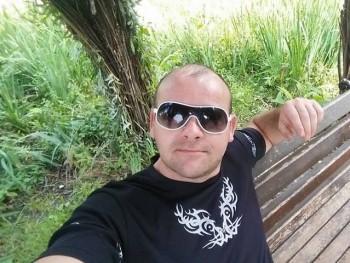 attika35 39 éves társkereső profilképe